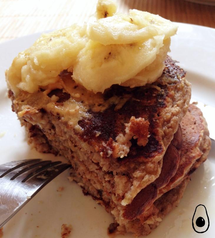 banana-oat-peanut-pancake-stakcs